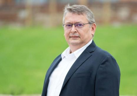 Aurel Căuş, candidat PNL la Camera Deputaţilor: 'Dorim ca Universitatea din Oradea să se dezvolte în acelaşi ritm cu oraşul'
