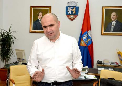 Ilie Bolojan, candidat la CJ Bihor: 'Merg la Judeţ la desecări de mlaştini, nu la masa întinsă'