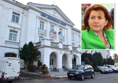 """Pensionari în anchetă! Zeci de bihoreni au fost descoperiţi cu pensii """"umflate"""" prin acte falsificate"""