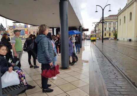 Hai, OTL! Călătorii reclamă aşteptarea lungă după mijloacele de transport. Cum vrea OTL să scurteze timpii