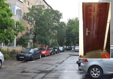 Teroare la bloc: Un tânăr drogat din Oradea îşi terorizează vecinii de bloc, care se tem chiar şi să-l reclame