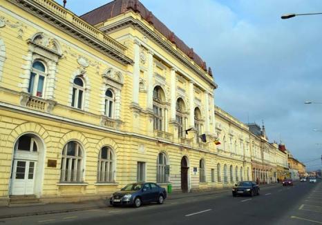 Examen la CEDO: Italienii cărora Universitatea le-a retras 'diplomele de Oradea' s-au plâns Curţii Europene