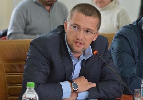 """Sebastian Lascu le bate obrazul politrucilor locali, prin demisia din CJ Bihor: """"Am vrut să demonstrez că nu se moare dintr-o demisie"""""""