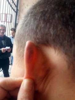 Tratament cu şocuri: La Liceul Bariţiu, torturarea copiilor nu se confirmă... dar conducerea a fost demisă (FOTO)