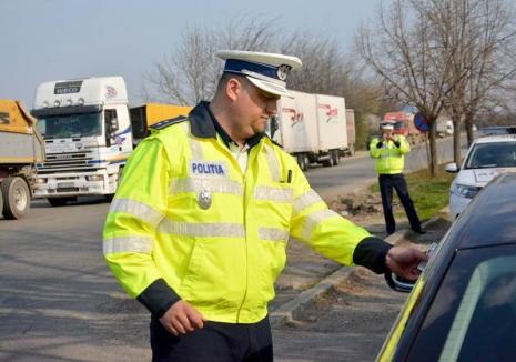 """Interviu cu șeful Biroului Poliției Rutiere Oradea, comisarul Alin Gherman: """"Agenţii care dirijează circulaţia o să dispară"""""""