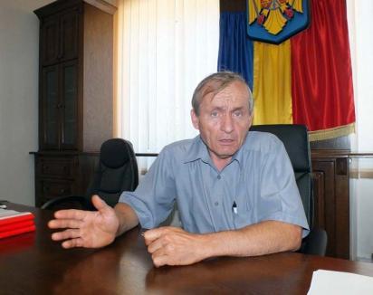 Bolnavi din politică: Orgoliile politicienilor i-au lăsat pe sătenii din Brusturi fără asistenţă medicală pe timp de noapte