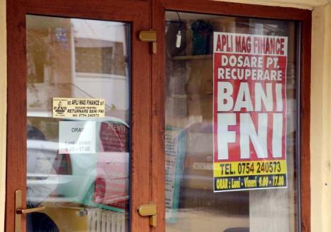 FNI la pătrat: Păgubiţii bihoreni ai fondului lui Sorin Ovidiu Vîntu sunt vânaţi de o firmă de contabilitate din Deva