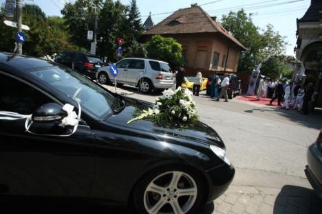 Nuntă la ţigani: Mireasa are 8 ani, mirele puţin peste 7, cadourile au fost peste 400.000 de lei