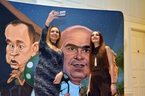 Majorat în... Armonie: Printre premiaţii Galei Premiilor lui Bihorel 2018, fostul ministru Florian Bodog, secretarul de stat Lilla Debelka, primarul Ilie Bolojan şi DNA Oradea