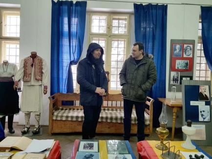 Muzeul frigului: Muzeul din Beiuş îşi primeşte vizitatorii la 2 grade Celsius, fiindcă nu are nicio sursă de căldură (FOTO)