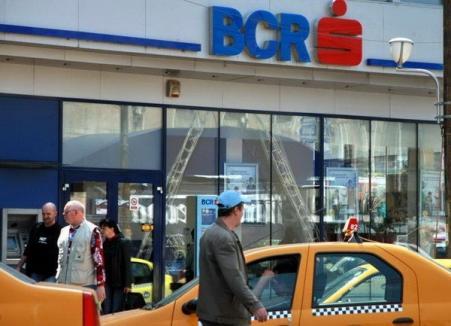 BCR disponibilizează 1.600 de angajaţi şi închide peste 60 de sucursale