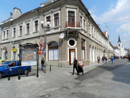 Faliment ultra-central: De ce nu rezistă spaţiile comerciale pe Corso