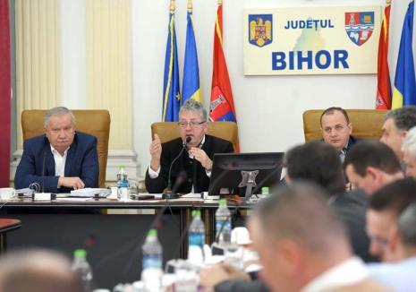 După ei, potopul! Bugetul Consiliului Județean Bihor acoperă cheltuielile numai până la alegeri