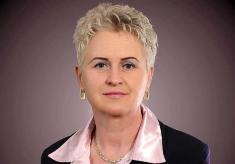 Primăriţa 'şpagă': Fosta primăriţă UDMR din Sălacea, acuzată că a luat mită de la toţi angajaţii. Nu mai puţin de 858 de fapte!