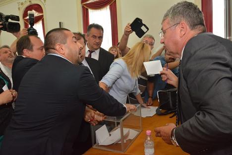 """Pasztor Sandor, preşedintele CJ Bihor: 'Suntem într-o concurenţă dură cu Debreţinul"""""""