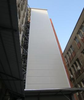Spitalul Judeţean are două noi lifturi exterioare
