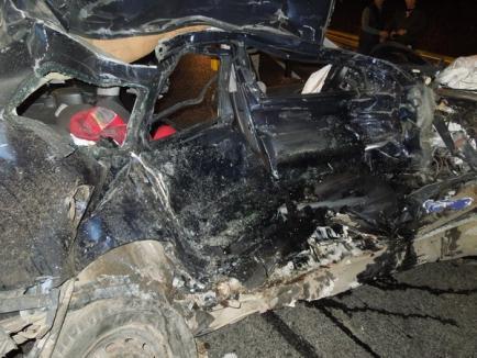 Accident teribil pe Centură. Un copil de un an şi mama lui au murit zdrobiţi sub un TIR (FOTO / VIDEO)
