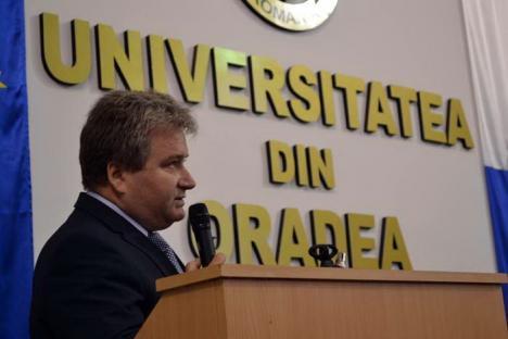 Retrospectiva săptămânii: Cum încearcă Barney să scuze scandalul şpăgii de la Sorbonica