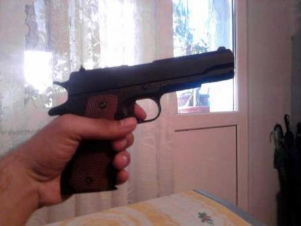 Poliţist criminal: Fost şef de poliţie din Dolj şi-a împuşcat soţia şi fiica