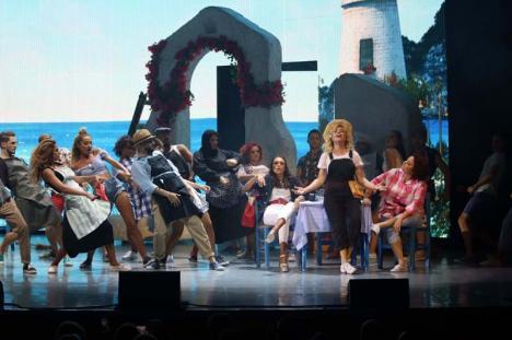 Unde ieșim săptămâna asta: Musicalul Mamma Mia, la Oradea