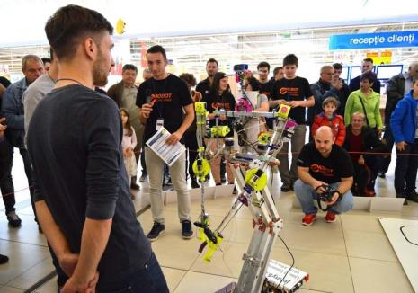 Invazia roboţilor: Oradea va găzdui cel mai mare concurs de robotică din vestul României