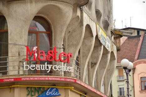 În sfârşit, renovăm! Palatul Stern, Casa Poynar şi Hotelul Crişul Repede intră în reabilitare (FOTO)