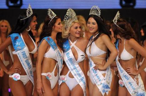 O româncă e Miss Bikini Internaţional! (FOTO)