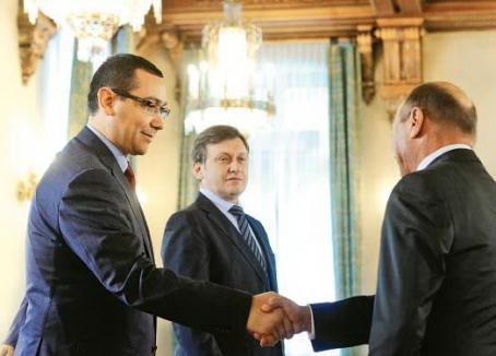 USL vrea comasarea europarlamentarelor cu prezidenţialele. Băsescu îşi dă demisia simultan cu cei 588 de parlamentari