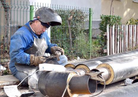 Apă caldă, instant! Termoficare Oradea investeşte 37 milioane lei în reţelele secundare şi în montarea de module termice