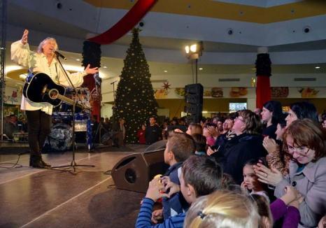 Colindători din alte zări: În aşteptarea Crăciunului, orădenilor le vor cânta Holograf, Ştefan Hruşcă, Florin Estefan, Orchestra Radio din Ucraina şi Fuego