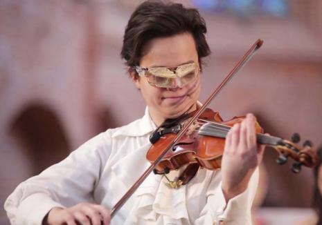 Roman Kim la Oradea!Excentricul violonist va concerta pe scena Filarmonicii, în cadrul turneului 'Passion without Borders'