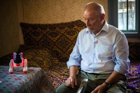 """De vorbă cu maeştrii: Orădenii, chemaţi să-l asculte şi să-i pună întrebări actorului Victor Rebengiuc, la """"Dialoguri interioare"""""""