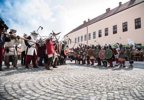 'Asediu' în Cetate! Phoenix, Vama şi Subcarpaţi vin săptămâna viitoare la Oradea, într-un nou festival medieval