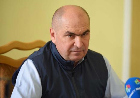 Retrospectiva săptămânii, prin ochii lui Bihorel: Bolovan dotează activul de partid cu lămâi înaintea votului de la Congres