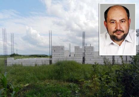 Dat în urmărire națională, fostul primar din Chişlaz, Ștefan Tripo, s-a predat