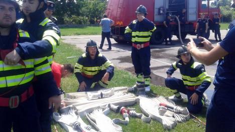 Pompierii din Diosig şi de la OMV Petrom, cei mai buni din judeţ (FOTO)