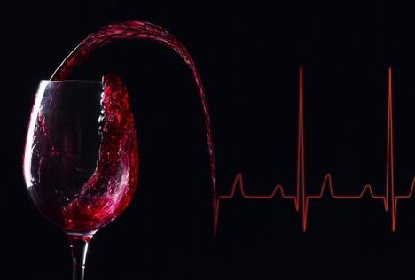 Veste bună de Crăciun: Cei care consumă alcool trăiesc mai mult!