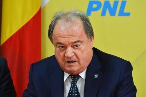 Vasile Blaga, la Oradea, pentru ministrul de interne Carmen Dan: 'Nu poţi să asmuţi Poliţia asupra oamenilor care au protestat liber!'
