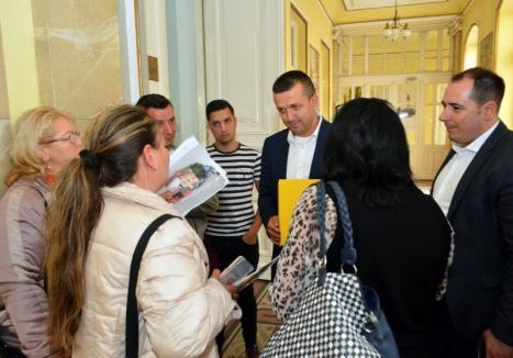 Bătaie de joc în Consiliul Local Oradea: Expropriații din zona Cantemir au fost lăsați să vorbească doar după ce hotărârea a fost luată