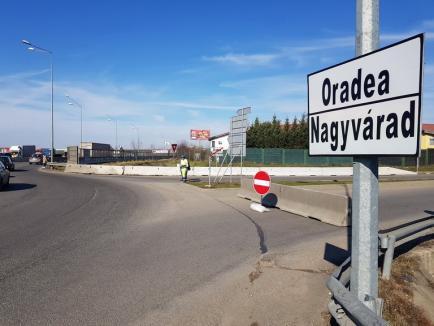 Lucrările la viitorul pasaj din zona Pieței 100 blochează circulația pe strada Universității spre șoseaua de centură (FOTO / VIDEO)