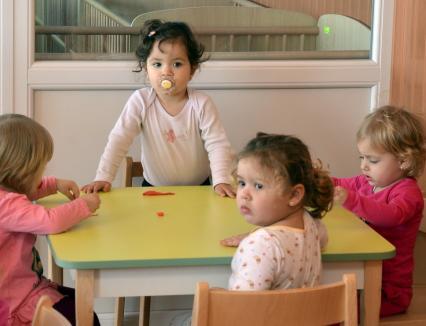 Contribuţia lunară a părinţilor orădeni la întreţinerea copiilor în creşă a fost majorată