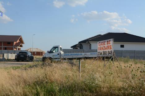Locuitorii noului cartier dinspre Sântandrei riscă să îşi vadă casele demolate pentru viitorul drum expres Oradea - Arad (FOTO)