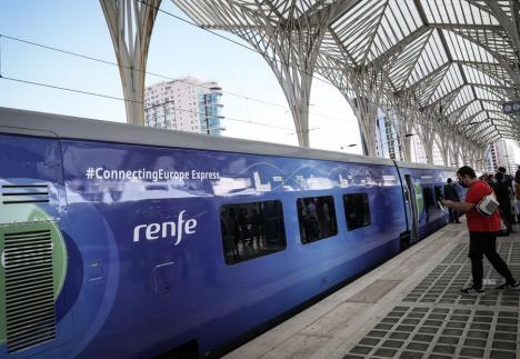 Trenul Connecting Europe Express va opri sâmbătă seară pentru aproape o oră în Oradea