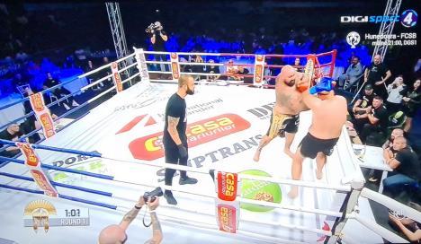 'Printre ultimele meciuri': 'Muntele Bihorului' l-a spulberat pe sârbul Adnan Alic într-o luptă în care l-a trimis de trei ori la podea (FOTO / VIDEO)