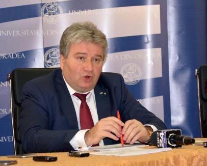Alumni fără Universitate: Rectorul Bungău a intrat în război cu asociația absolvenților instituției