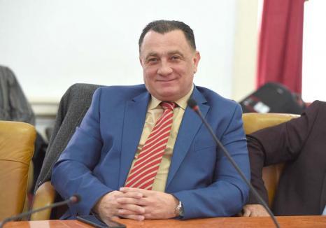 Retrospectiva săptămânii, prin ochii lui Bihorel: Fostul director de la Ape a fost păstrat șefuț, să se poată bucura de cantoanele renovate