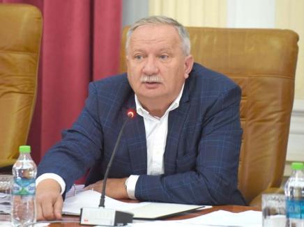 Retrospectiva săptămânii, prin ochii lui Bihorel: Ianoș e supărat pe colegii de partid care nu-i respectă bătrânețile