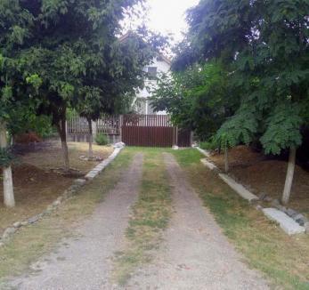 Ţeapa Tineretului: Un orădean nu va mai putea intra în garaj fiindcă Primăria... s-a răzgândit urbanistic