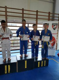 Judo: Orădenii de la ACS Olimpikus s-au întors cu cinci medalii de la Cupa București