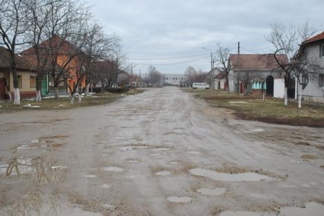 Patru străzi din Ioşia care nu au fost modernizate niciodată au intrat în şantier (FOTO)